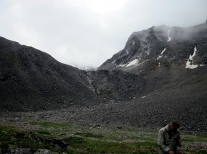 Водопод на пути к перевалу Высокий